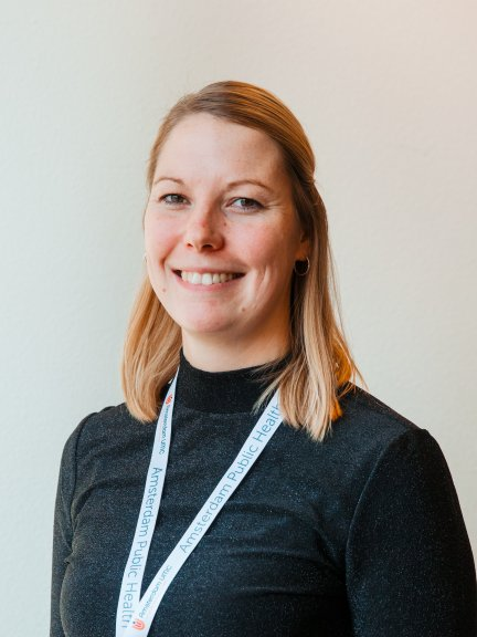 Simone van der Riet, MSc, Management assistant